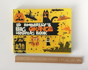 CHILD'S DRAWING BOOK
