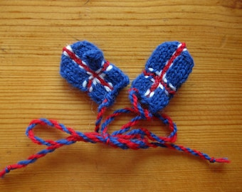 Icelandic flag Christmas ornament mittens - please see the rest of my listings for other Nordic flag mini mittens