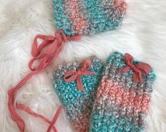 Newborn Hand Knit Bonnet and Leggings Set, Newborn Photography Prop, Ready To Ship, Baby Bonnet, Baby Leggings, Ready To Ship, Baby Girl