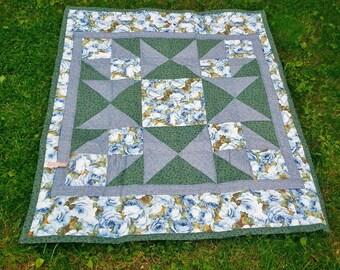 Quilt, throw quilt, lap quilt, floral quilt, star quilt, sofa quilt, quilted blanket, floral quilt, bedding