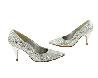 50s NOS Silver Glitter Pumps Pointy Stilettos Size 4 Women's Vintage Fashion Party Shoes Heels QualiCraft Pointed Toe Shoes