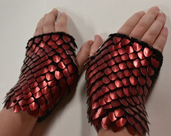 Scale Maille Armor Gauntlets Red on black Knitted Dragonhide custom for S.