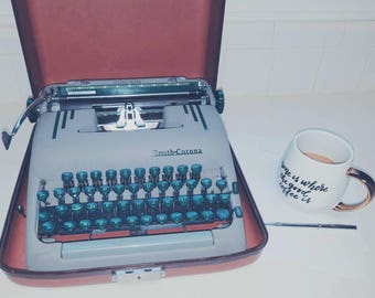 Beautiful Minty Mid Century Vintage Smith Corona Silent Super Gray Green Working Typewriter 1954