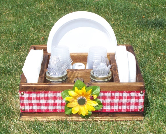 Picnic paper plate and napkin caddy tableware utensil caddy