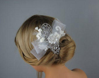 SALE Crystal Wedding Comb, Fascinator, Wedding Accessory, Bridal Crystal Comb, Wedding Rhinestone Hair Comb,  Brooch Hair Comb