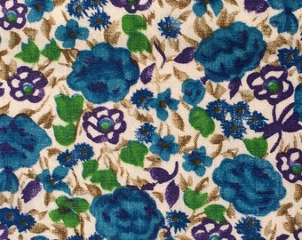 Cotton Fabric / Blue Cotton Fabric / Blue Floral Fabric / Vintage Fabric / Vintage Floral Cotton Fabric / Rose Fabric / Quilting Fabric