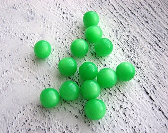 Vintage lucite neon green moonglow beads qty 12