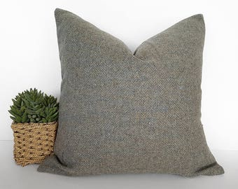 Sage Gray Tweed Pillow, Wool Tweed Cushion, Textured Herringbone Pillow, Rustic Grey Cushion Cover, Ski Lodge Pillows, Winter Decor, 18x18