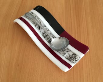 Red, Black, and White Spoon Rest
