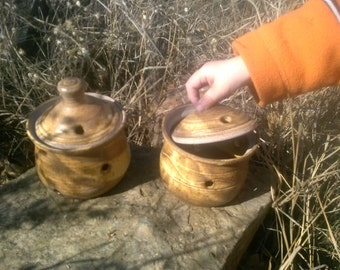 Garlic keeper storage jar handmade ceramic pottery