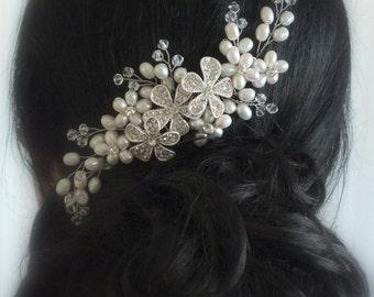Coco-Freshwater Pearl,Sworavski Crystal and Rhinestone flower Bridal Comb