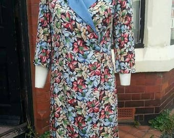 SALE Beautiful 1930s asymmetric fastening flower printed housecoat/dress could be worn as a dress or jacket