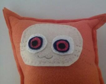 Stuffed kitty cat toy sewn felt monster doll animal plush