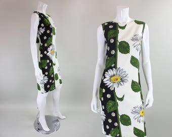 1960's Dress with Daisy Floral Print