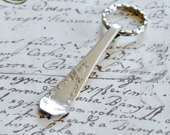 Handcrafted Key Ring Antique Silverplate Spoon Handle Holmes & Edwards CAROLINA Pattern 1914 Upcycled Silverware