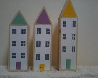 Set of 3 Houses