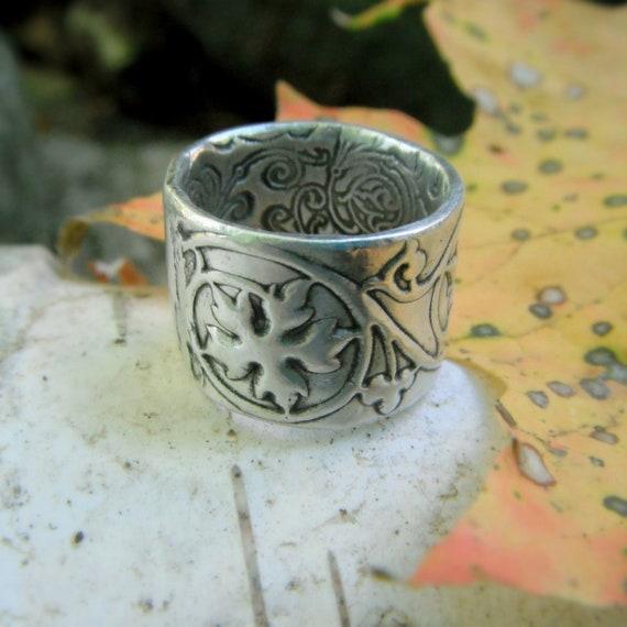 Ivy Scroll Bands: Leaf Ring Renaissance Wedding Band Medieval Ivy Vine