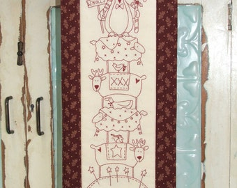 Deck the Halls  by The Birdhouse pattern only