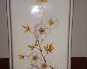 Vintage Hyalyn Decorative Square Vase with Flowers