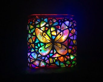 Butterfly cube light | Cordless | Hand-painted stained glass