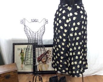 Vintage 90s Grunger Daisy Black and White Floral Skirt
