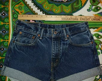 Levis 505 Cut-Offs - Tag says Size 30 but measure smaller - closer to 28/29 waist