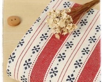 "FREE SHIPPING - F061 Cotton fabric w/ jacquard weave - Folk Stlye - 45cm x 55cm / 17.5"" x 21.5"""