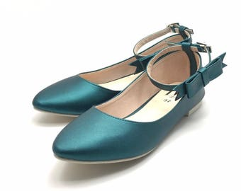 Women Slip On - Pointed Toe Flats! (Green Teal Color)