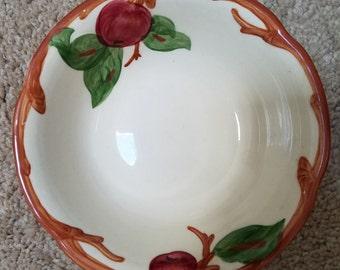 """Vintage Franciscan Apple 5"""" Fruit Bowl"""