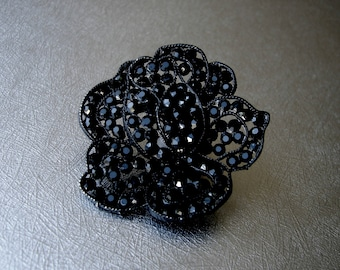 WEISS Japanned Black Brooch Jet Rhinestone Open Rose Mourning Pin Vintage Costume Jewelry Floral Flower Bohemian Wedding Chic Gothic Bride