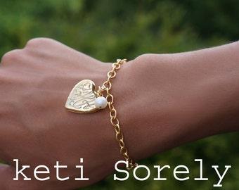 Heart Locket Bracelet with Engraved Initials & Pearl Bead - Monogram Locket Bracelet - Photo Locket - Silver, Yellow or Rose Gold