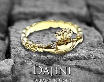 Claddagh Ring Celtic Wedding Ring - 10K 14K 18K Gold - Tawnaleen