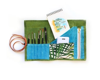 Artist roll up case for brushes, pencils and drawing tools