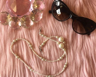 Chanel couture look white pearl beaded chain for eyeglasses by PinkandPosh.Co