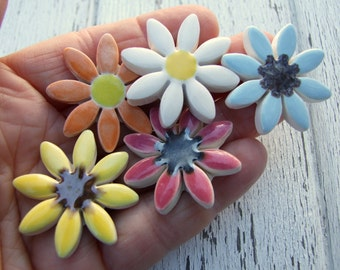 Colourful daisy brooch, ceramic daisy
