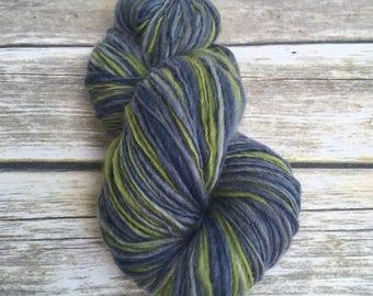 Handspun Corriedale Cross Singly Ply Thick & Thin Wool Yarn - Fresh Seas