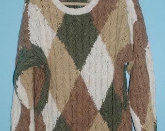 patterned, knit sweater. size: XL