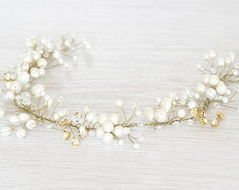 Gold or silver pedding pearls crown. Hair vine halo for b ride to be. Hair vine for weddings. Beach wedding hair accessory. Pearls crown.