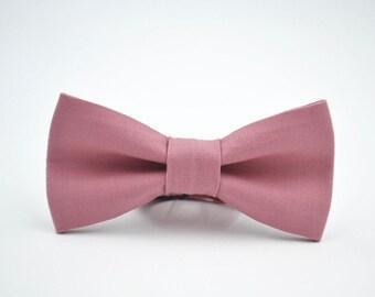 Children's Bowtie in Dusty Rose, Kaufman Kona Cotton in Rose, Rose Quartz Bow Tie, Mauve Bow Tie, Pink Bow Tie, Rose Bow Tie
