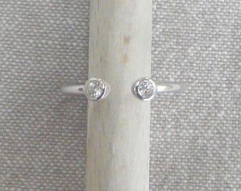 """""""Brilliant"""" open silver ring"""