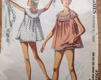 Vintage 50s McCall's 3502 Nightie and Bloomers - Size 9