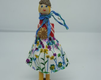 Peg Doll, Wooden Peg Doll, Decorative Doll, Miss Poppy, UK