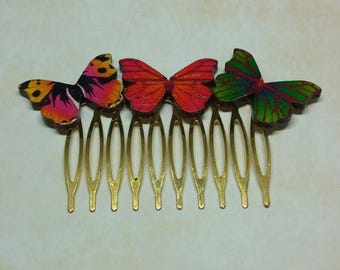 Comb with beautiful wood colored butterflies