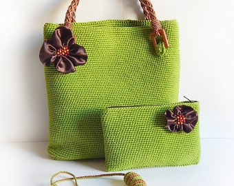 Сrocheted the bag, purse and beads