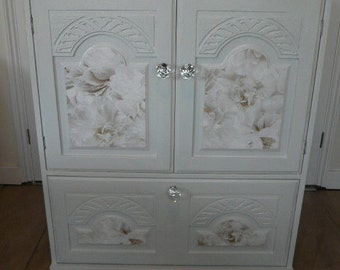 Drawer / cupboard