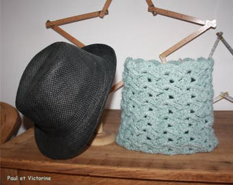 * SNOOD * * CROCHET * * DECORATIVE STITCHES * * GREEN *.