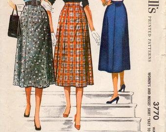 1950s Gored Skirt - Vintage Pattern McCall's 3770 - Waist 26