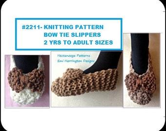 SLIPPERS KNITTING PATTERN, Basic Beginner Unisex Slippers, baby to adult sizes.   #2211