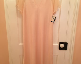 Vintage Natori Nightgown NWT-Saks Fifth Avenue Peach Size Large