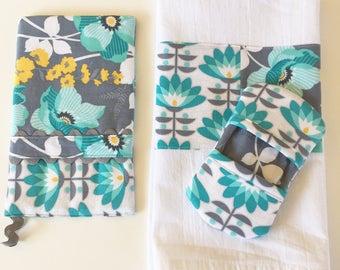 Oven Mitt - Kitchen Towel - Fingertip Mitt in Mint Floral and Deco Bloom
